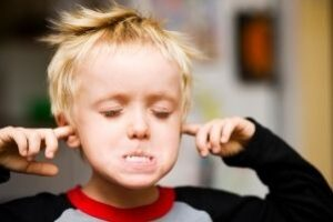 Tips To Study With A Noisy Family – 5 Best Things You Can Do.